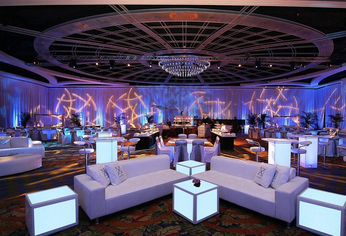 Benefits of renting party furniture